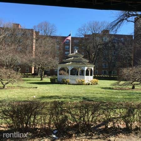 Pelham Rd, New Rochelle, NY - 2,350 USD/ month