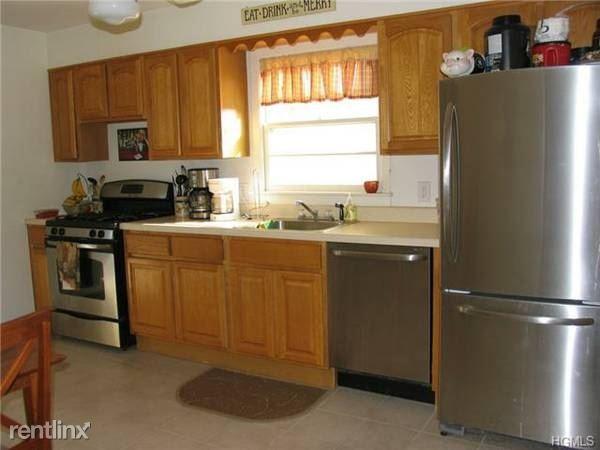 Jensen Ave, Mamaroneck, NY - 2,950 USD/ month