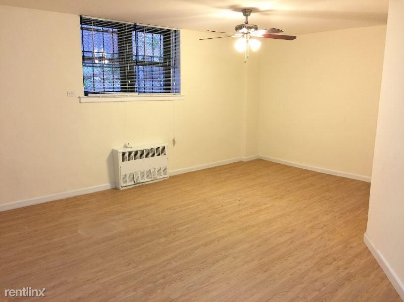 4226 81st St, Elmhurst, NY - 1,385 USD/ month