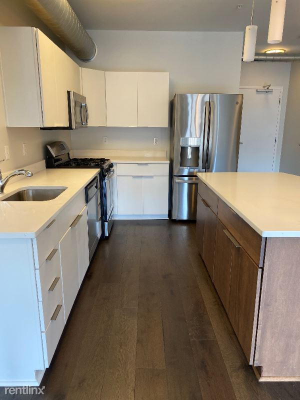 3433 Butler St, Pittsburgh, PA - 2,195 USD/ month