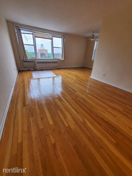 7140 112th St, Forest Hills, NY - 1,700 USD/ month