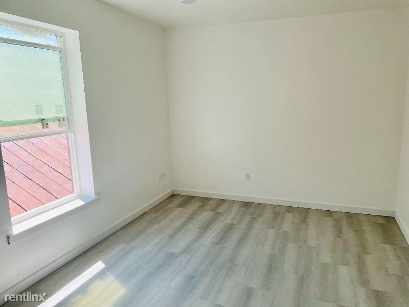 130 N F St, Livingston, MT - 935 USD/ month
