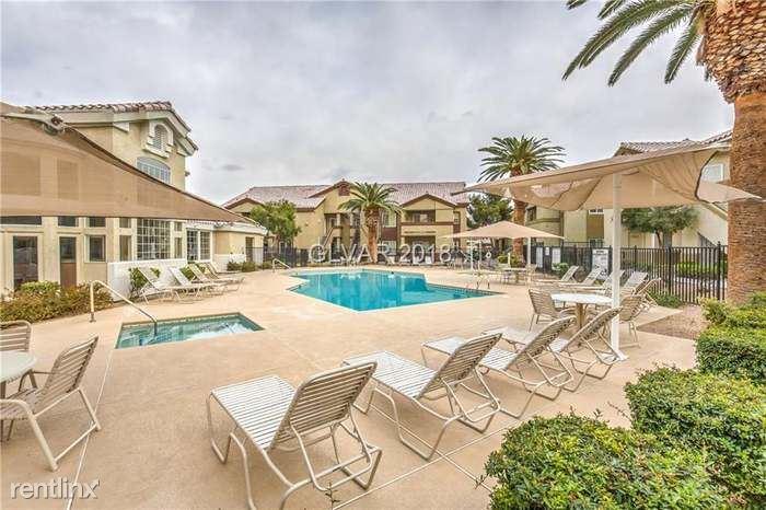 Lazy Pine St, Las Vegas, NV - 1,800 USD/ month