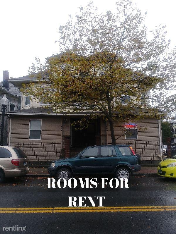 1458 E Main St 37, Bridgeport, CT - 700 USD/ month