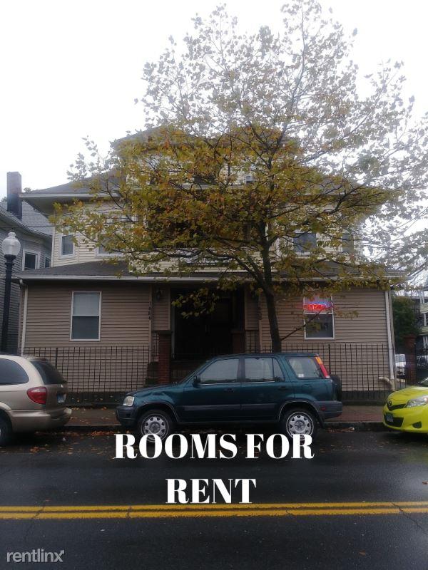 1458 E Main St 36, Bridgeport, CT - 700 USD/ month