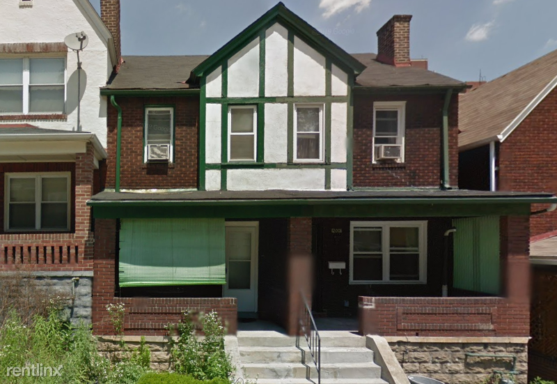 202 Chesterfield Rd, Pittsburgh, PA - 945 USD/ month