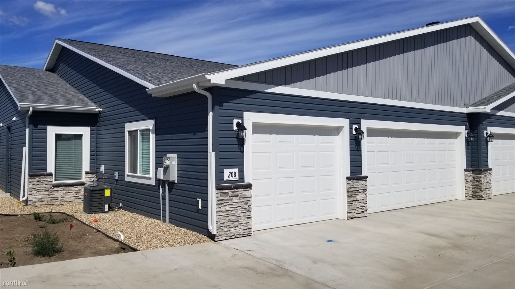 208 Kenner Loop, Lincoln, ND - 1,485 USD/ month