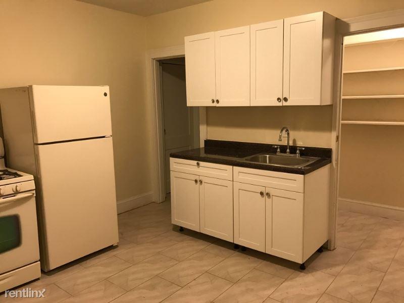 73 Sumner St, Hartford, CT - 895 USD/ month