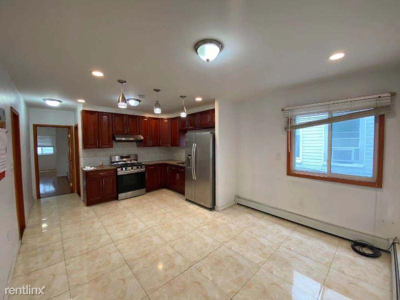 2040 Hobart A, Bronx, NY - 2,400 USD/ month