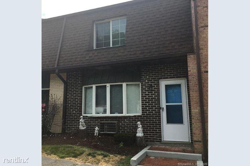921 Hamilton Avenue, Waterbury, CT - 1,100 USD/ month