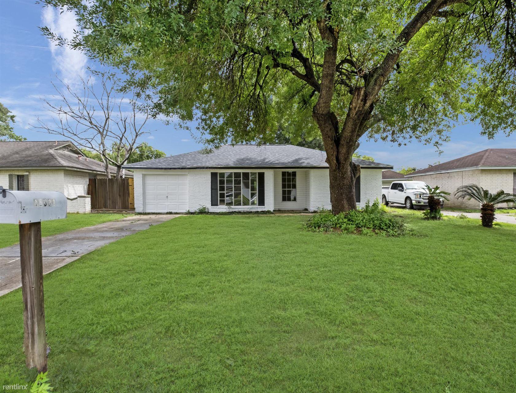 15331 Campden Hill Rd, Houston, TX - 1,400 USD/ month
