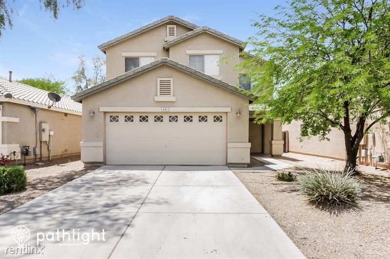 4151 Aragonite Lane, San Tan Valley, AZ - 1,995 USD/ month
