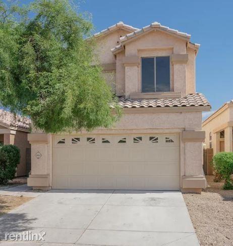 4943 Jeremy Drive, Glendale, AZ - 2,450 USD/ month