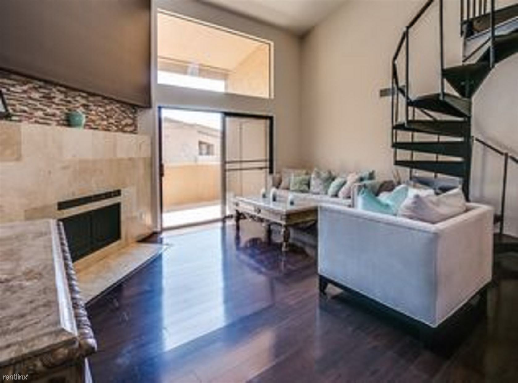 7950 E. Starlight Way 245, Scottsdale, AZ - 1,900 USD/ month