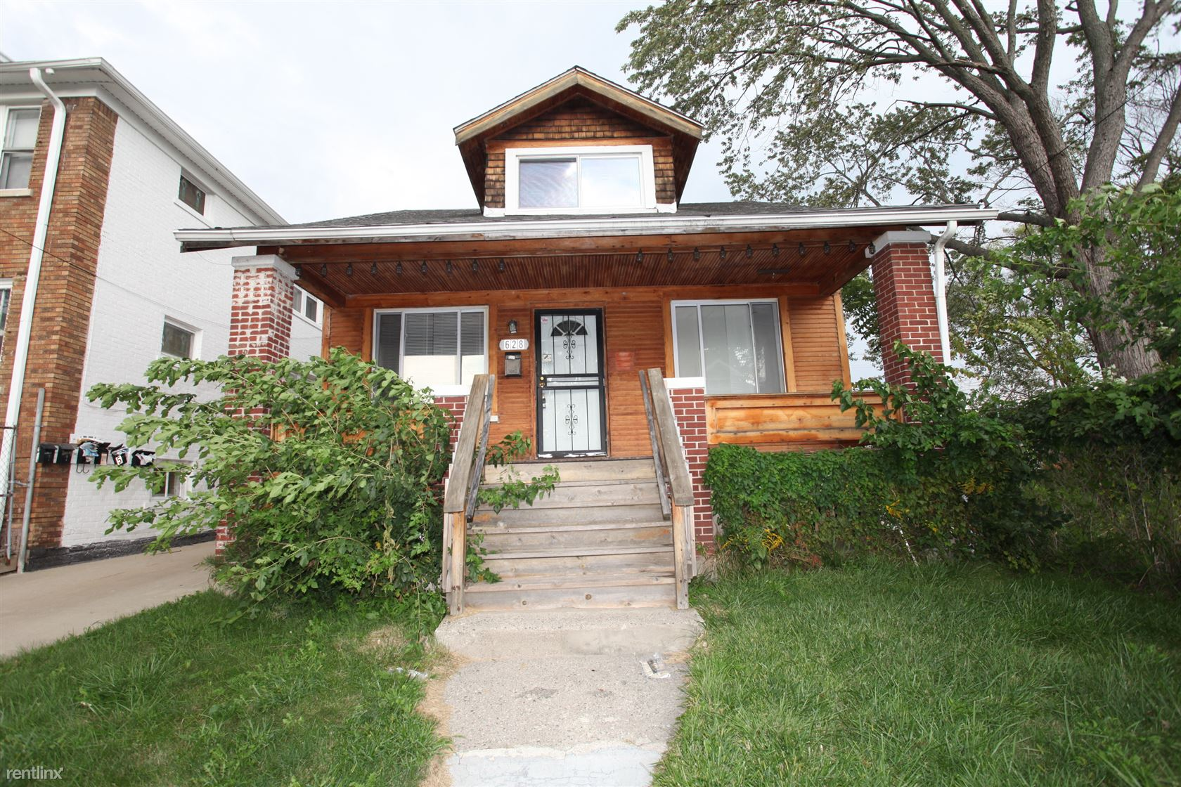 628 Ashland St, Detroit, MI - 1,100 USD/ month