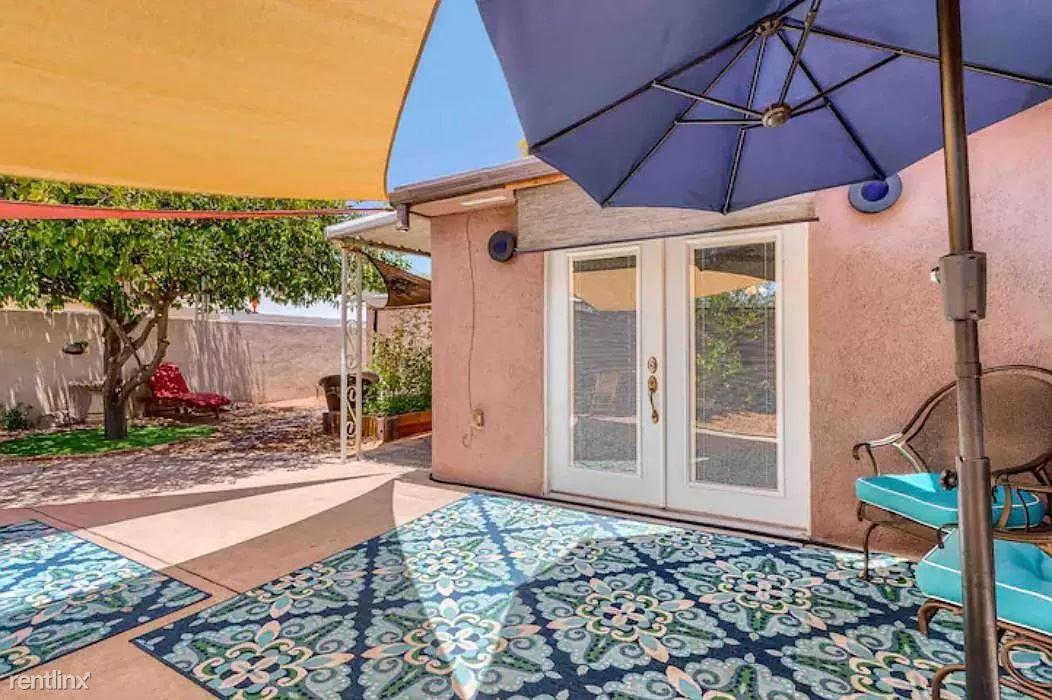 2626 E Hedrick Dr, Tucson, AZ - 1,300 USD/ month