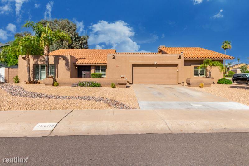 15609 N 55th St, Scottsdale, AZ - 4,000 USD/ month
