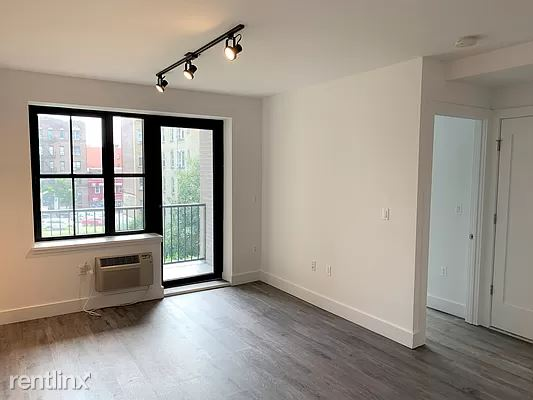 Cooper Street, New York, NY - 2,350 USD/ month