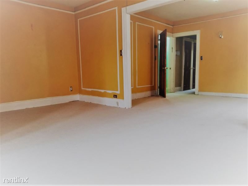 64th street, Woodside, NY - 2,750 USD/ month