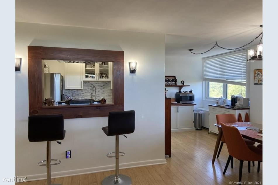 2370 North Ave Unit 7B, Bridgeport, CT - 1,490 USD/ month