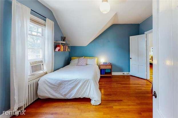 44 Pitman St, Providence, RI - 990 USD/ month