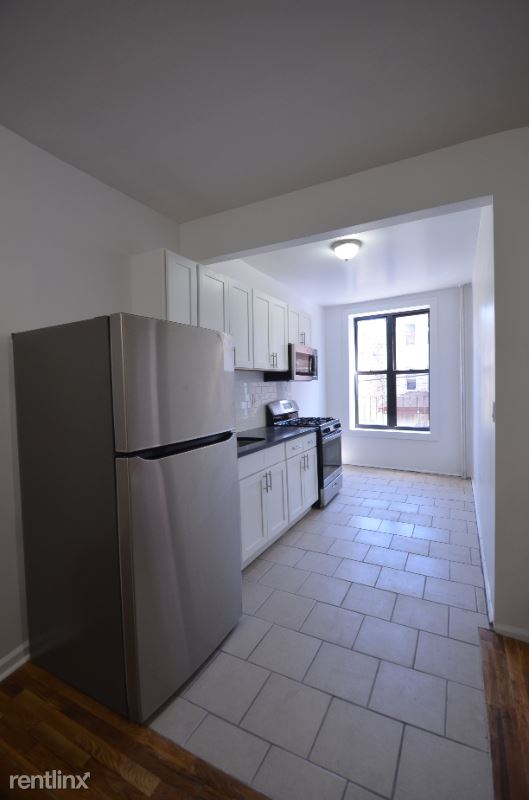 nelson Ave, Bronx, NY - 2,000 USD/ month