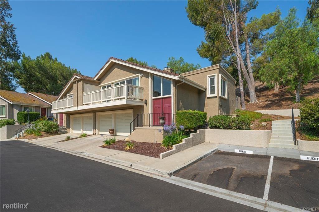 215 Calle Fanillia, Oak Park, CA - 3,600 USD/ month