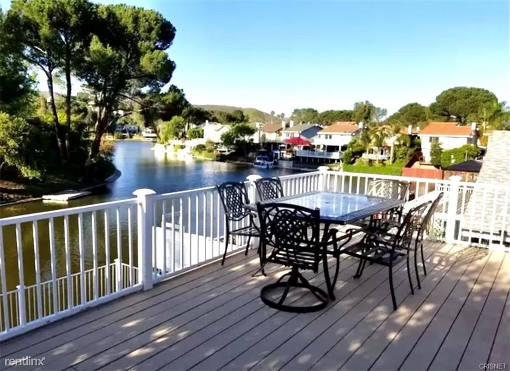 30745 Canwood St, Agoura Hills, CA - 4,500 USD/ month
