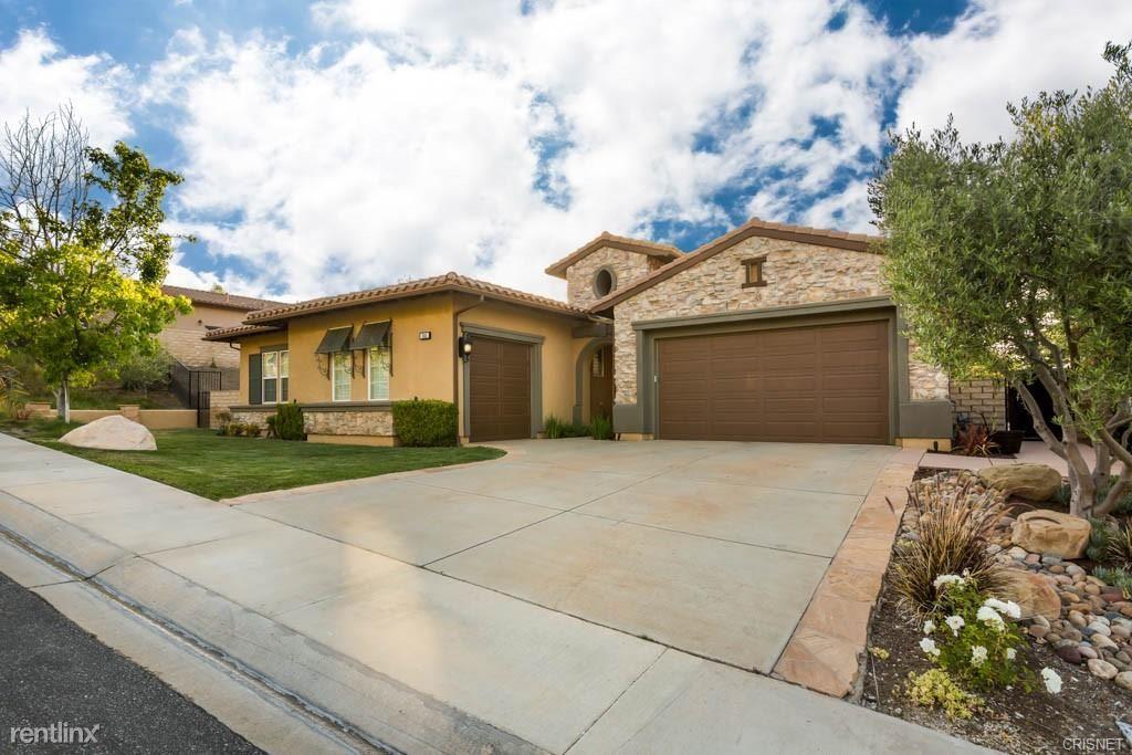 341 Blake Ridge Ct, Thousand Oaks, CA - 8,000 USD/ month