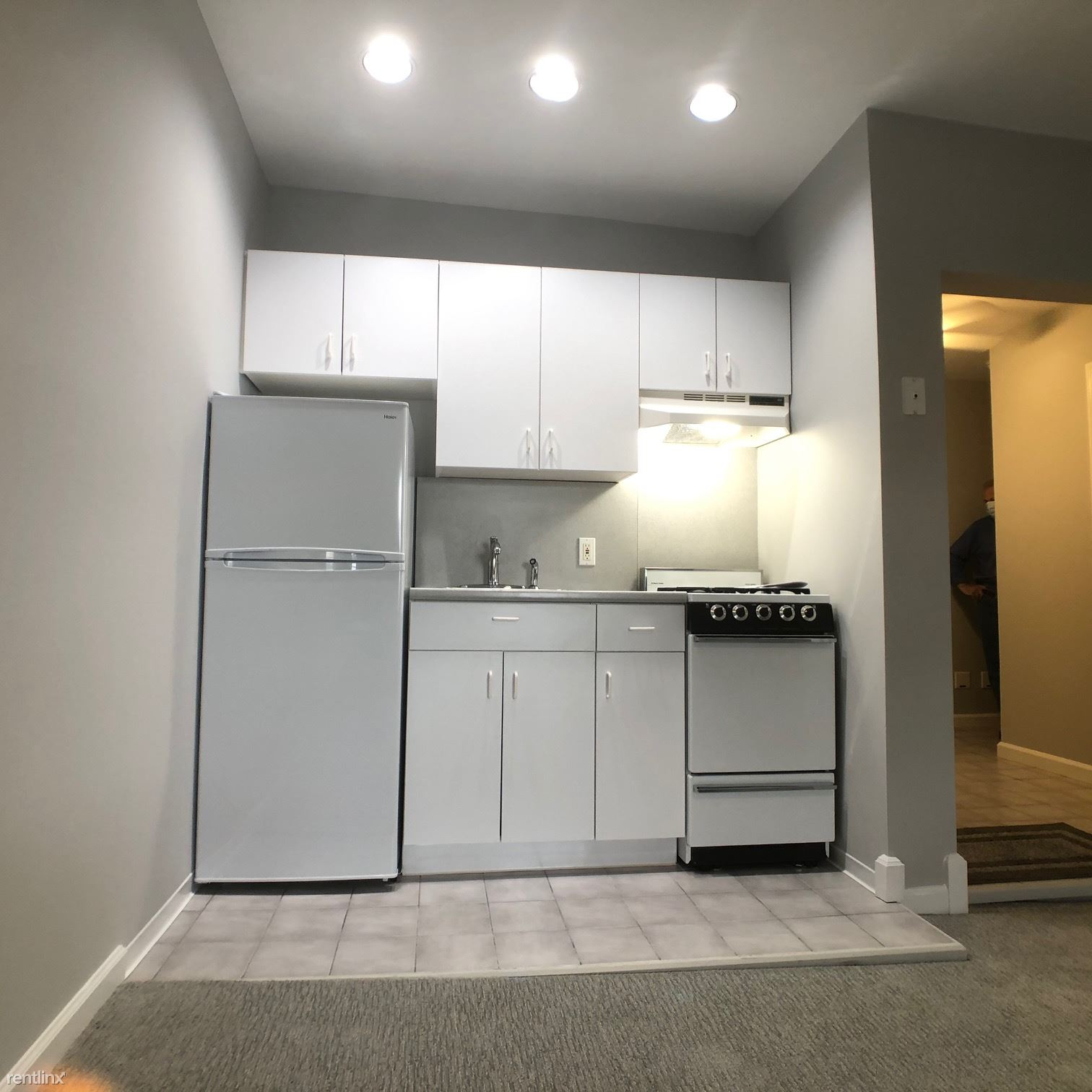 Halstead Ave, Harrison, NY - 1,350 USD/ month