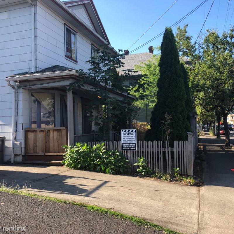 6127 SE 92nd Ave B, Portland, OR - 1,350 USD/ month