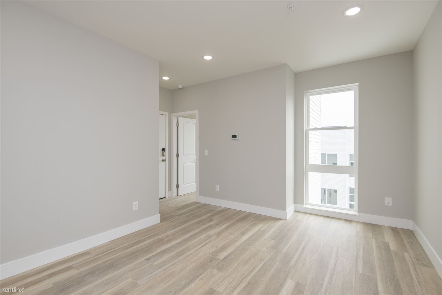 2207 N Broad ST Unit 4F, Philadelphia, PE - 1,800 CAD/ month