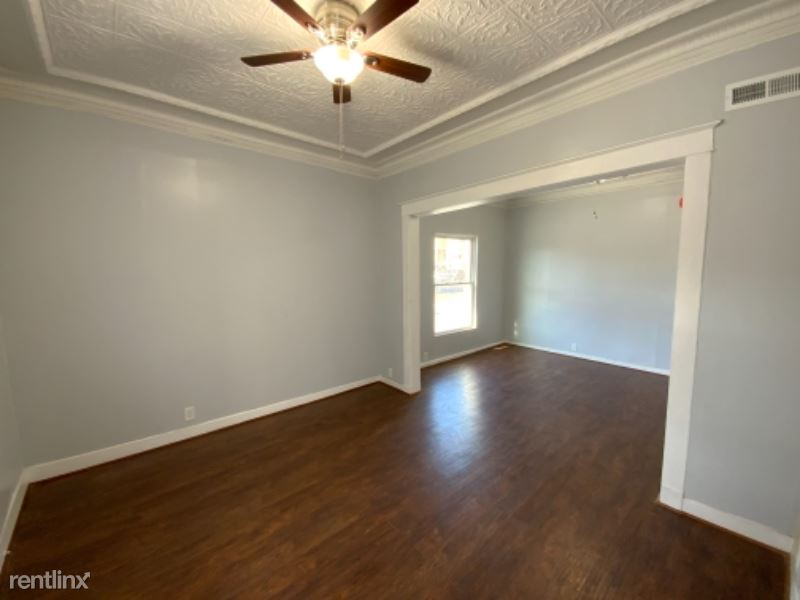 263 Division St 2W, Amsterdam, NY - 1,100 USD/ month
