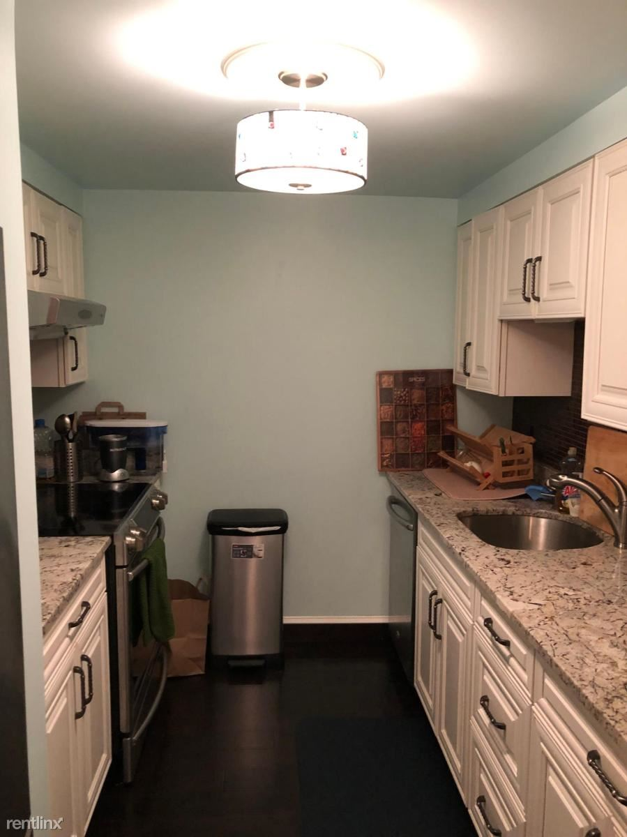 100 Boatswains Way, Chelsea, MA - 1,000 USD/ month