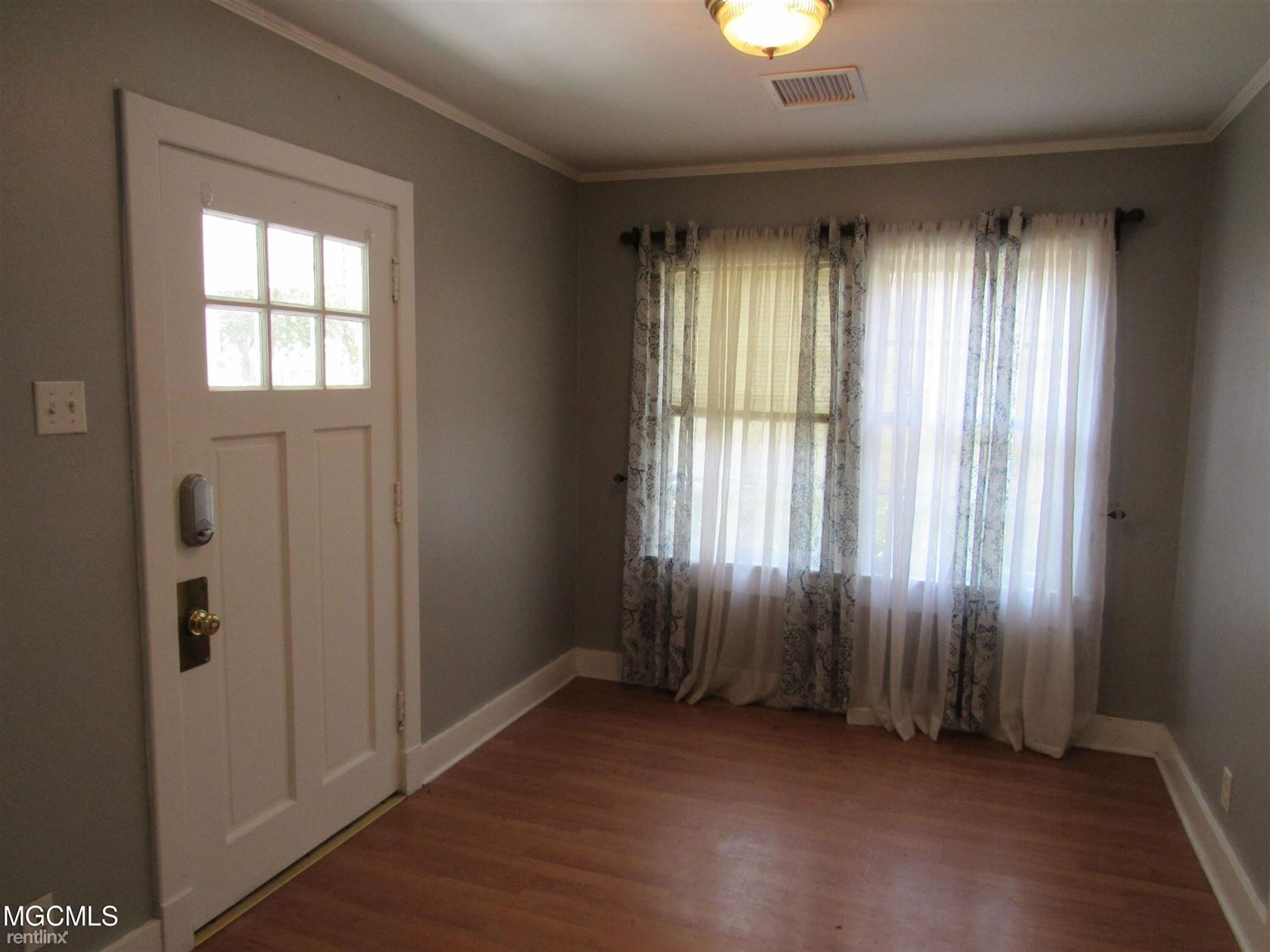 2517 Kelly Ave, Gulfport, MS - 500 USD/ month
