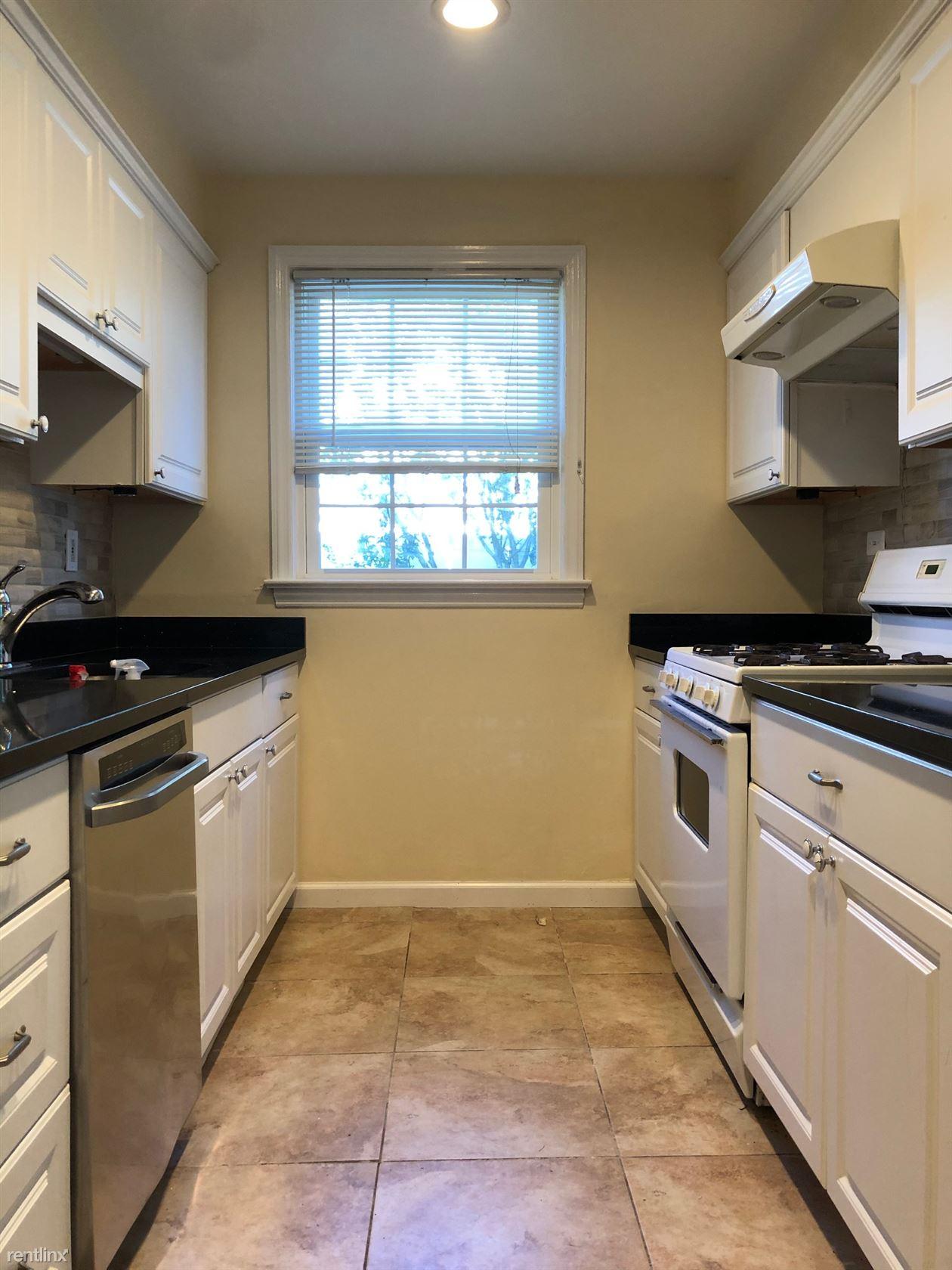 Avondale Rd, Harrison, NY - 4,950 USD/ month