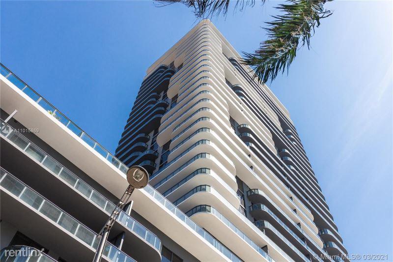 121 NE 34th St, Miami FL, Miami, FL - 4,500 USD/ month
