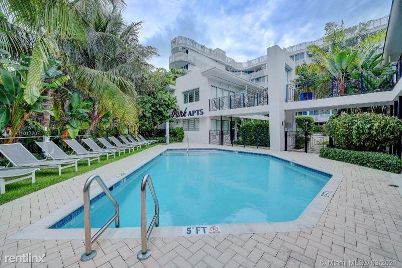 2155 Washington Ct,, Miami Beach, FL - 3,500 USD/ month