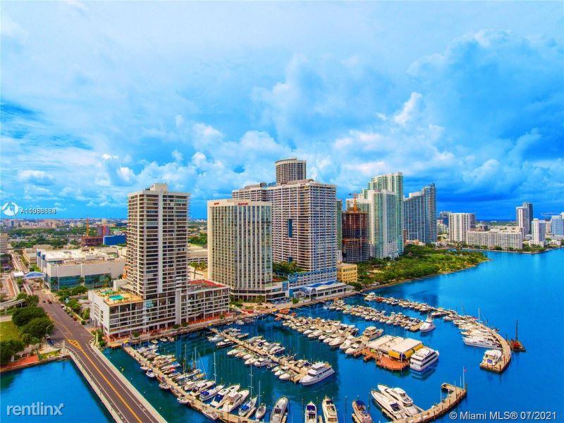 555 NE 15th St, Miami FL, Miami, FL - 2,600 USD/ month