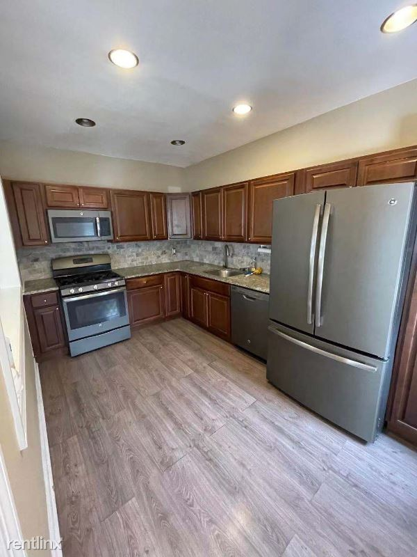 2313 Tenbroeck Ave, Bronx, NY - 2,200 USD/ month