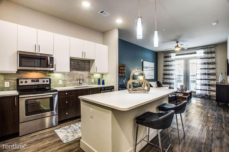 705 Main St, Houston, TX - 1,500 USD/ month