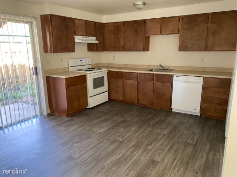 9305 SE Cooper St, Portland, OR - 1,995 USD/ month