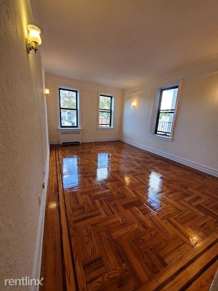 14325 41st Ave, Flushing, NY - 1,675 USD/ month