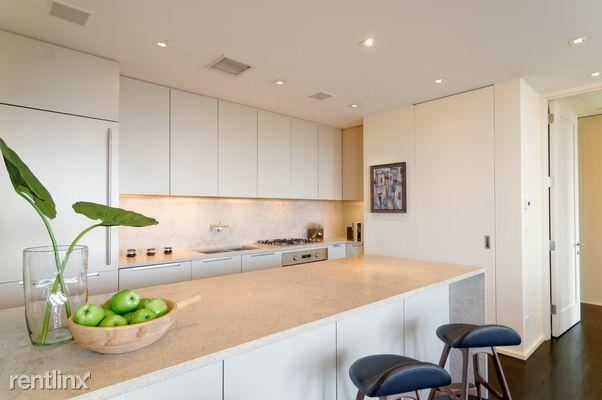 252 7th Ave, New York, NY - 1,000 USD/ month