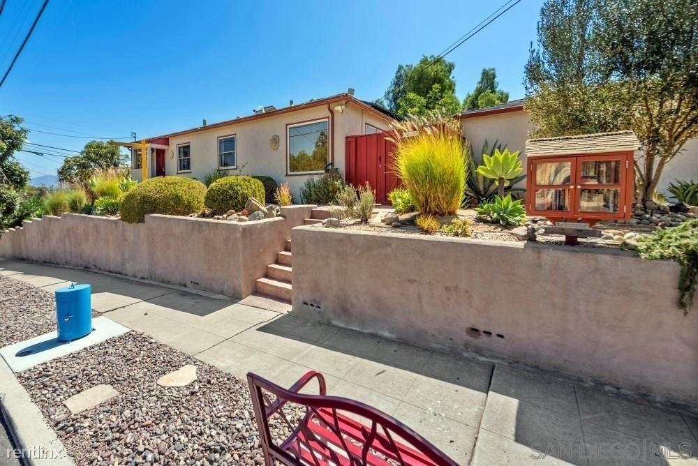 3533 Juniper Street, San Diego, CA - 2,150 USD/ month