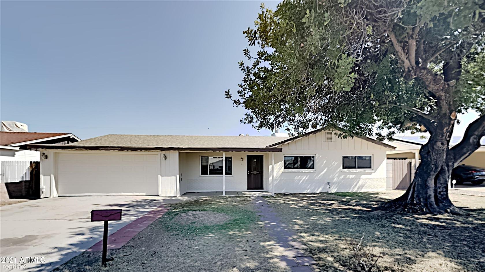 3020 W LARKSPUR Drive, Phoenix, AZ - 2,410 USD/ month