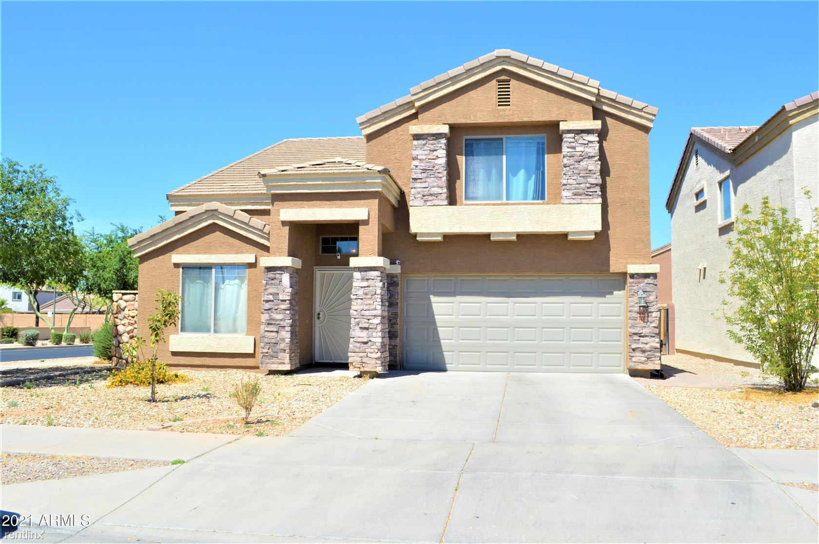 3256 W HUNTINGTON Drive, Phoenix, AZ - 2,465 USD/ month