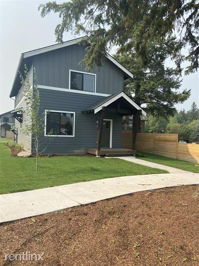 647 Denver Street, Whitefish, MT - 2,950 USD/ month