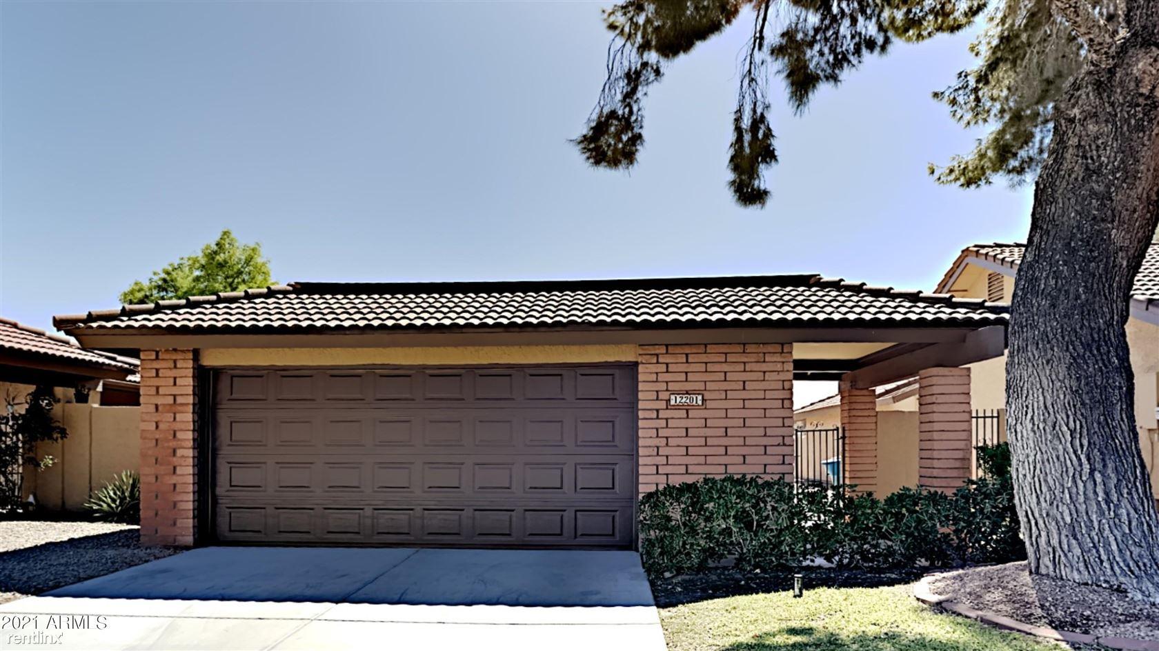 12201 S PAIUTE Street, Phoenix, AZ - 2,325 USD/ month