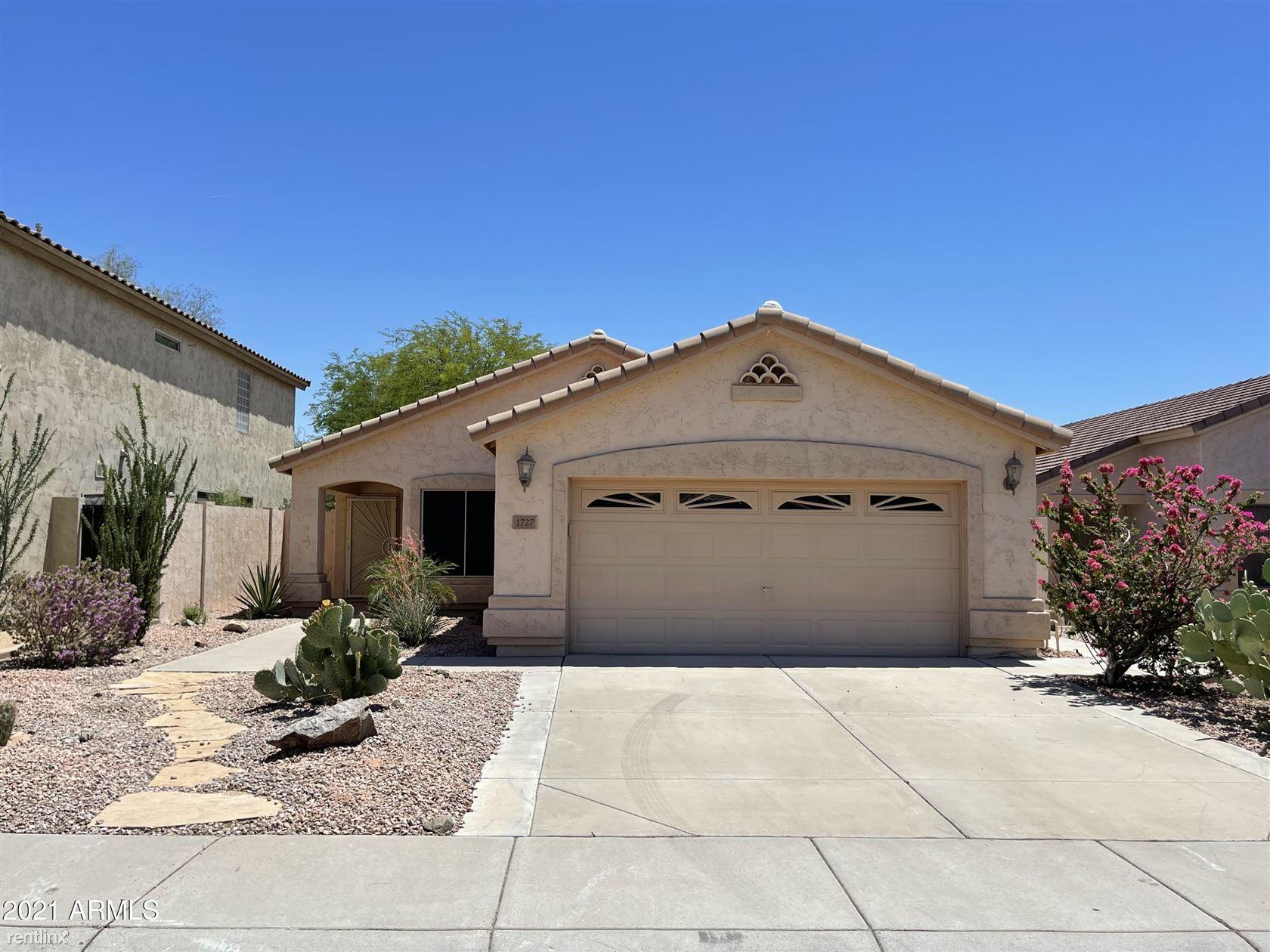1727 W Hiddenview Drive, Phoenix, AZ - 2,825 USD/ month